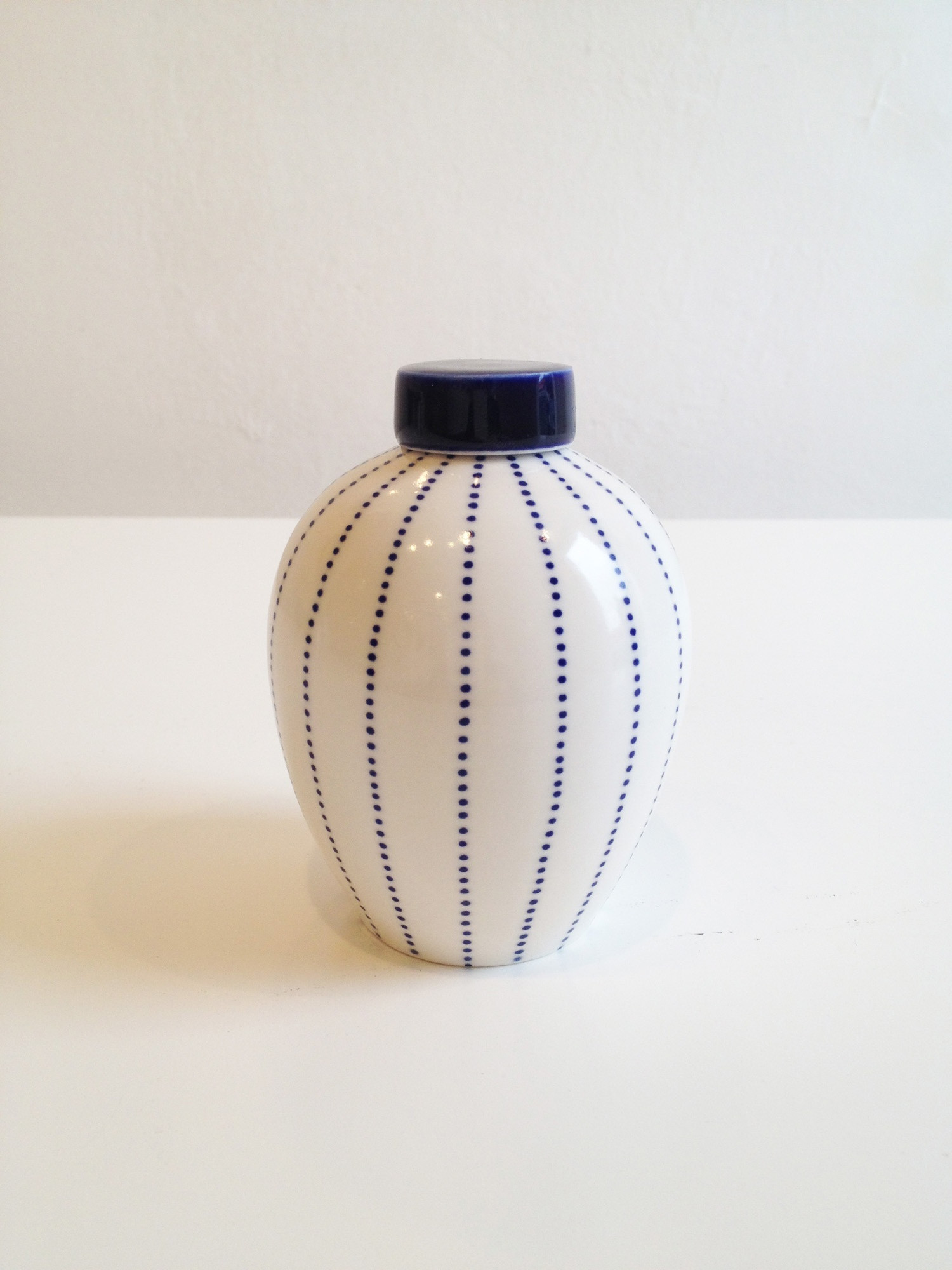 small urn vase of rhian malin dotty ginger jar small sarah wiseman gallery intended for rhian malin dotty ginger jar small
