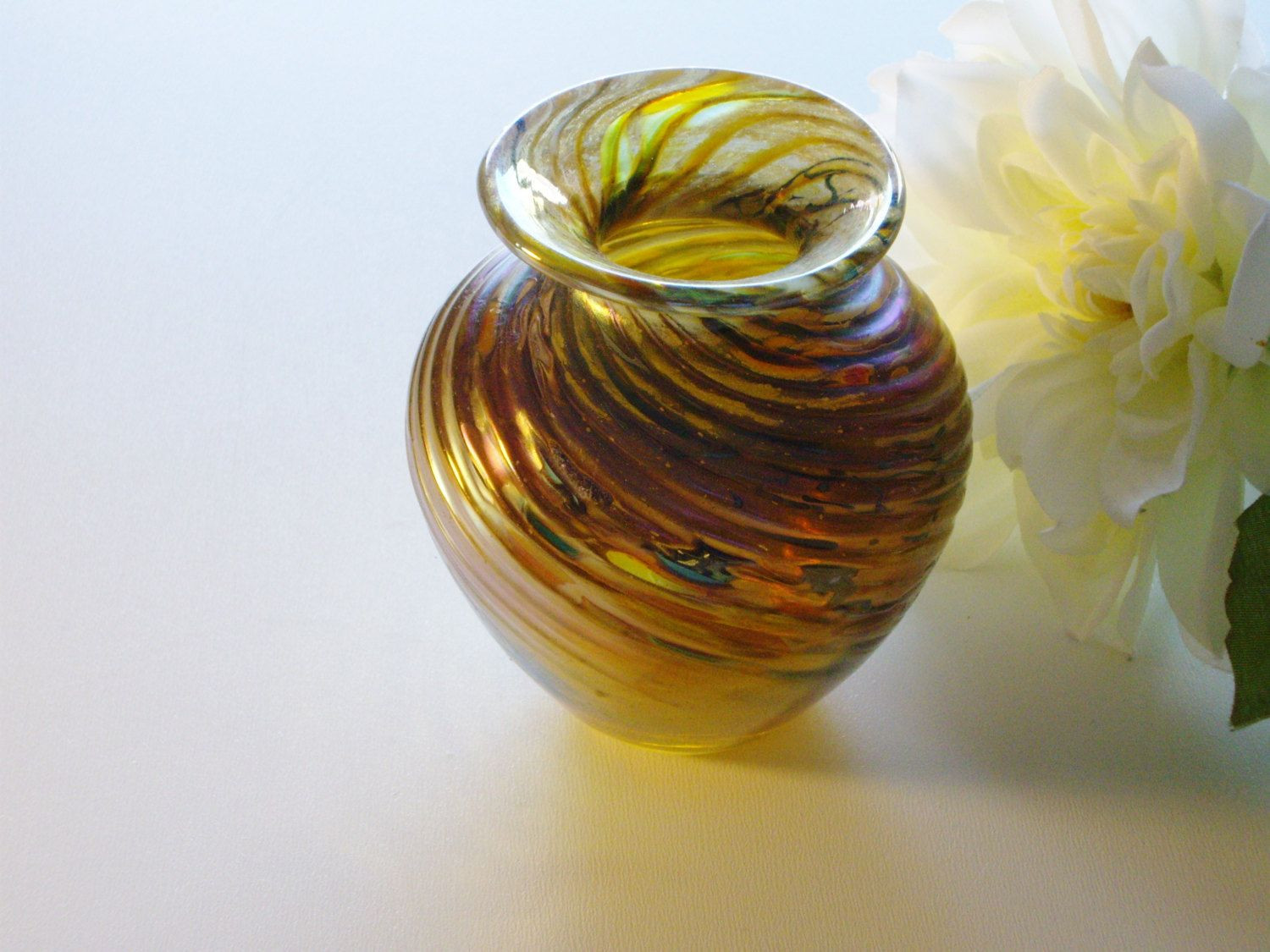Small Vintage Glass Vases Of Vintage Art Glass Vase Small Metallic Swirls Hand Blown Gold by Throughout Vintage Art Glass Vase Small Metallic Swirls Hand Blown Gold by Vintagerous On Etsy
