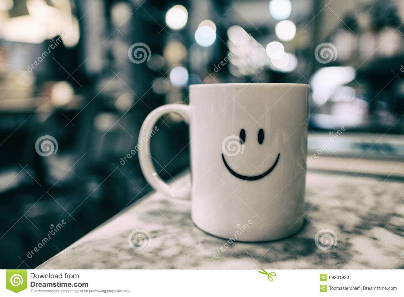 smiley face vase of a mug with smiley face with beautiful boken and blurred backgrou within download a mug with smiley face with beautiful boken and blurred backgrou stock photo image