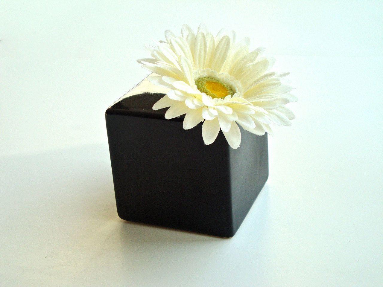 square bud vase of bud vase idea for black white theme spring tea ideas pinterest pertaining to bud vase idea for black white theme
