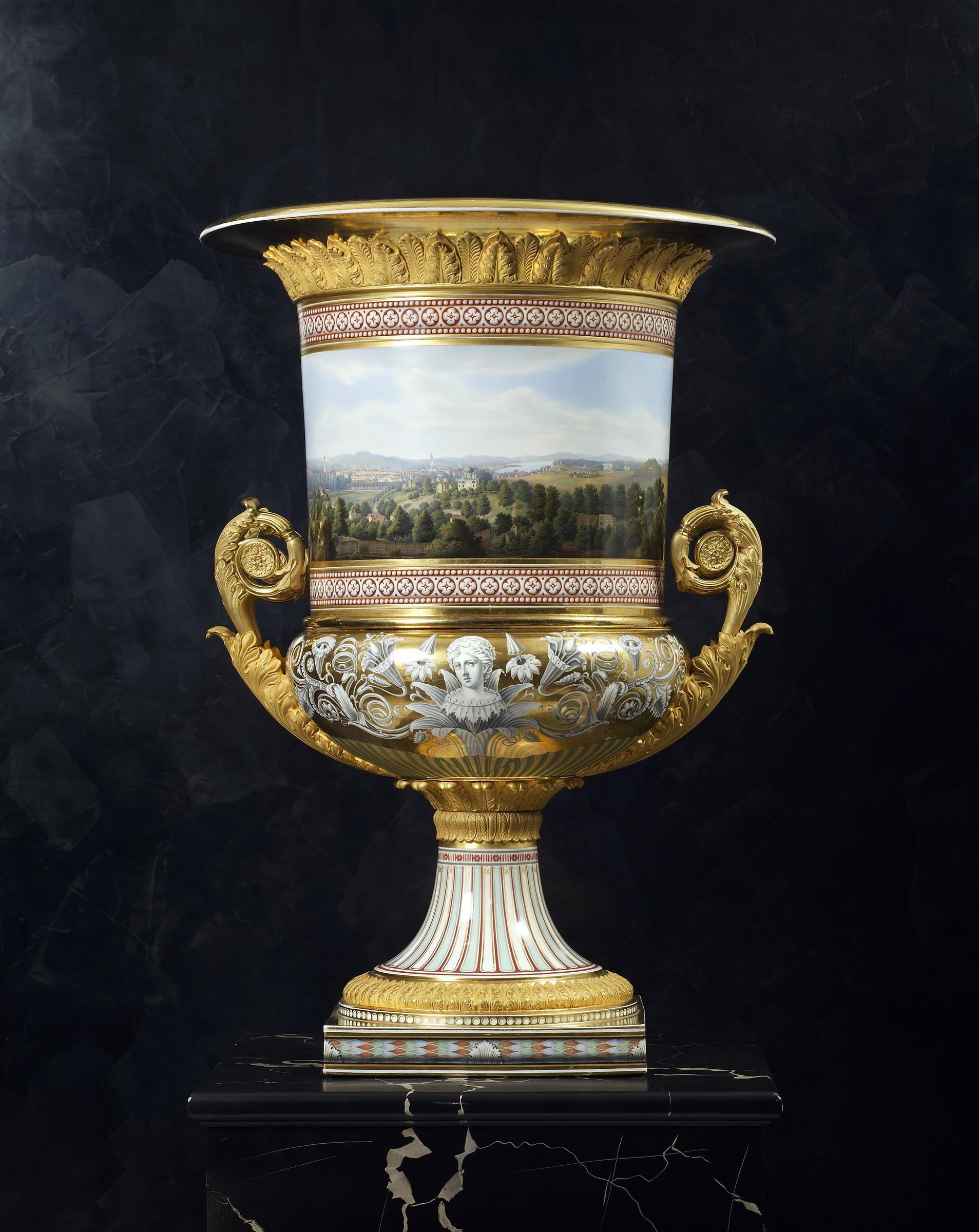 square vase stand of k p m ka¶nigliche porzellan manufaktur berlin a classical medici throughout a classical medici vase made by the royal berlin porcelain manufactory