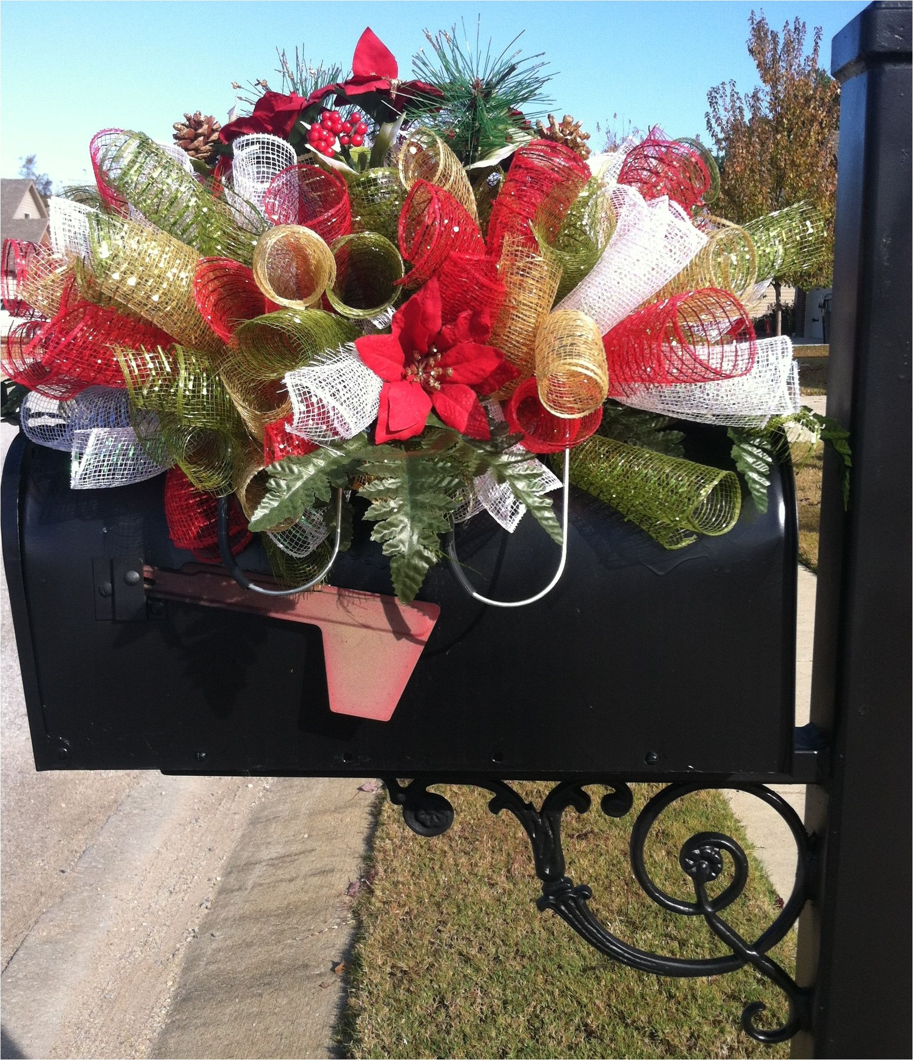 Stay In the Vase Cemetery Flowers Of Cemetery Grave Decoration Ideas Holiday Custom order for Christmas within Cemetery Grave Decoration Ideas Holiday Custom order for Christmas Saddle Use as A Mailbox Table
