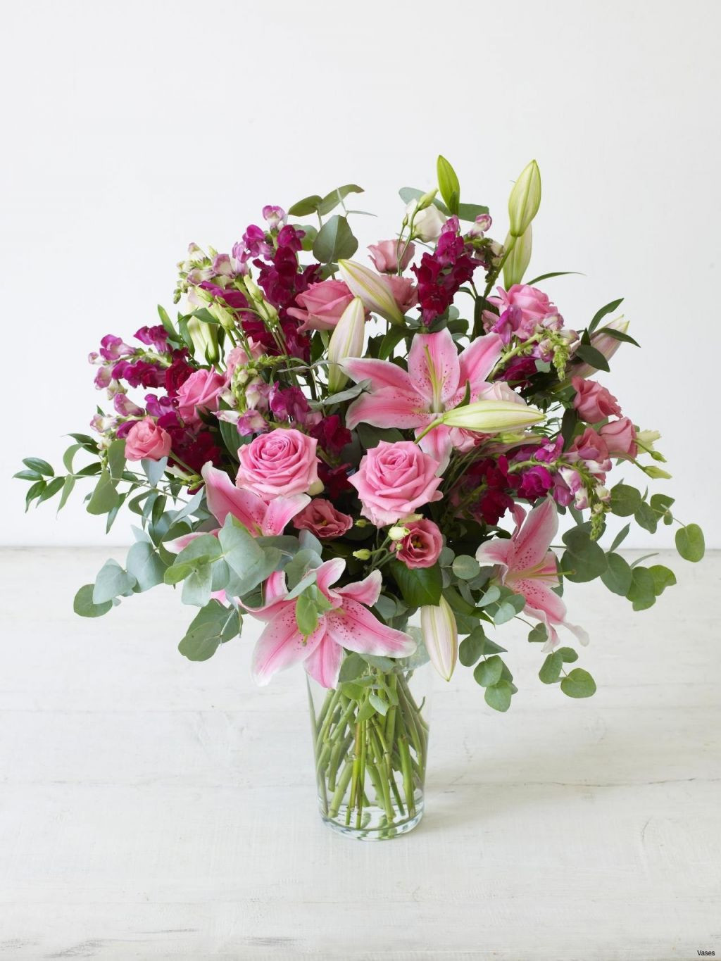 10 Lovely Tall Lily Vase Arrangements