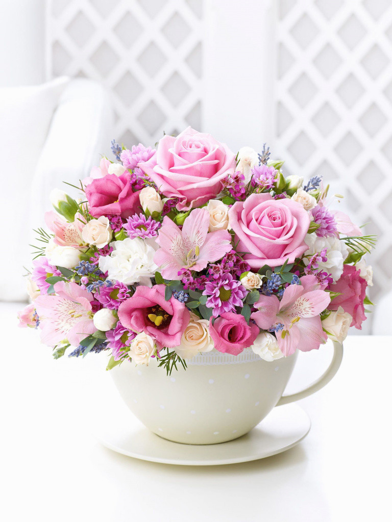 tall vase flower arrangement ideas of awesome tall vase centerpiece ideas vases flowers in water 0d regarding elegant pastel teacup and saucer arrangement interflora of awesome tall vase centerpiece ideas vases flowers in