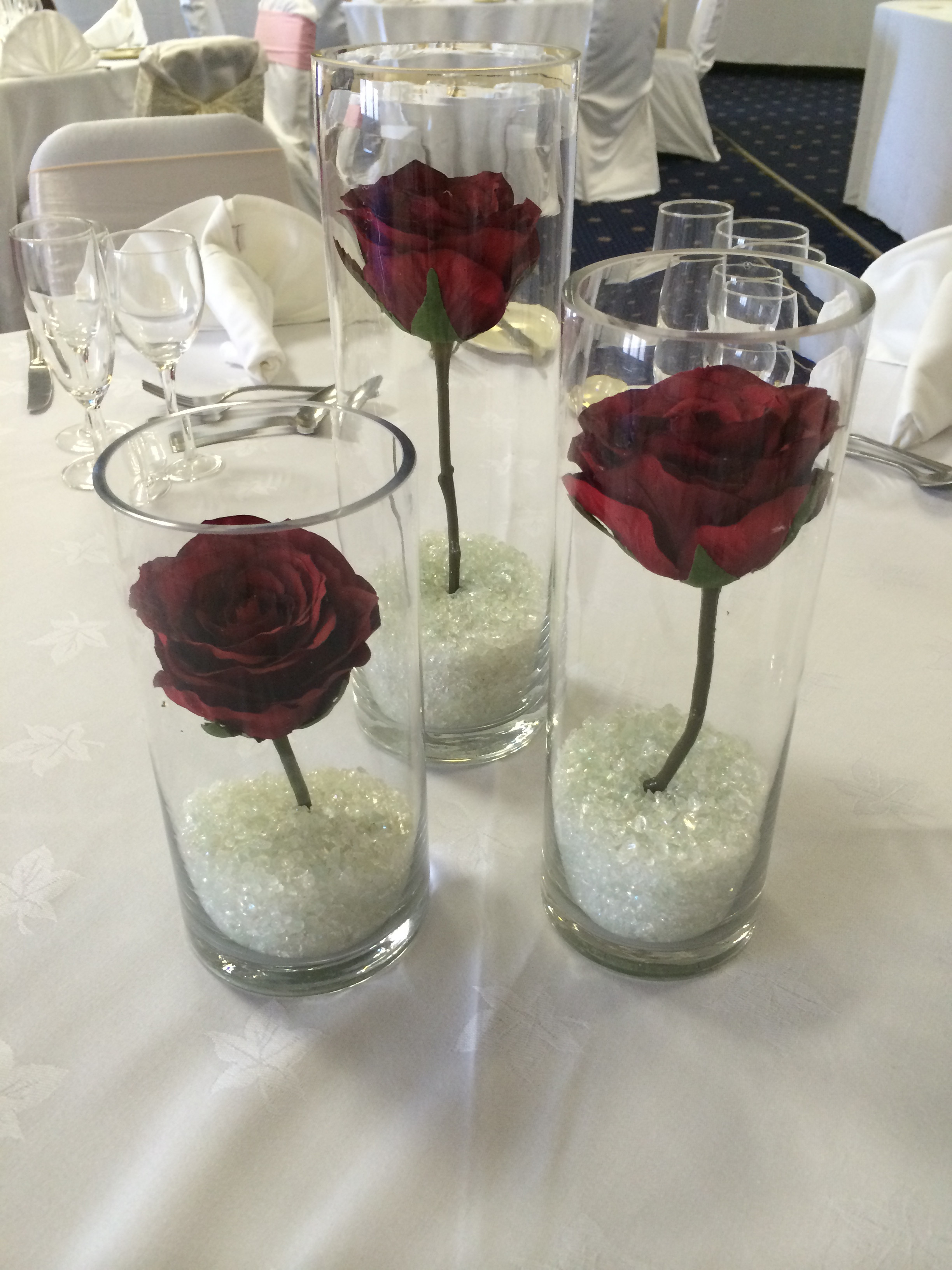 10 Lovable Tall Vase Table Decorations