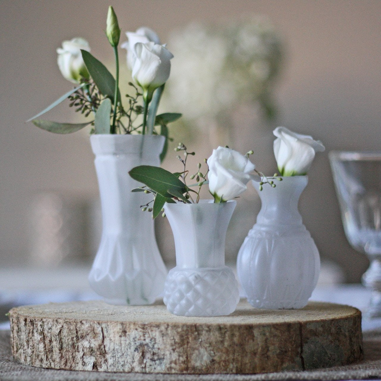 11 Stylish Tall White Vases for Wedding Centerpieces