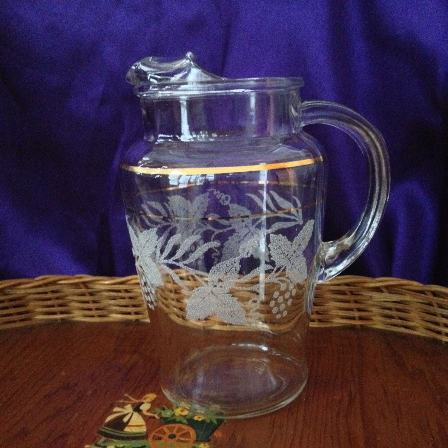 thick glass vase of frosted grape design pitcher bartlett collins golden grape pattern inside clear glass thick gold line trim 1950s juice bar pitcher by visualaromasvintage on etsy