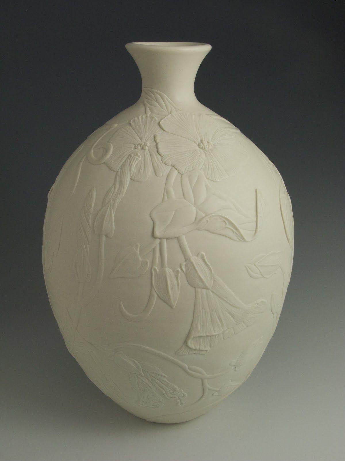 Tiffany Tulip Vase Of Pin by G N On Ceramics and Pottery Pinterest Porcelain Pottery with Porcelain Vase Flower Vases China Jar