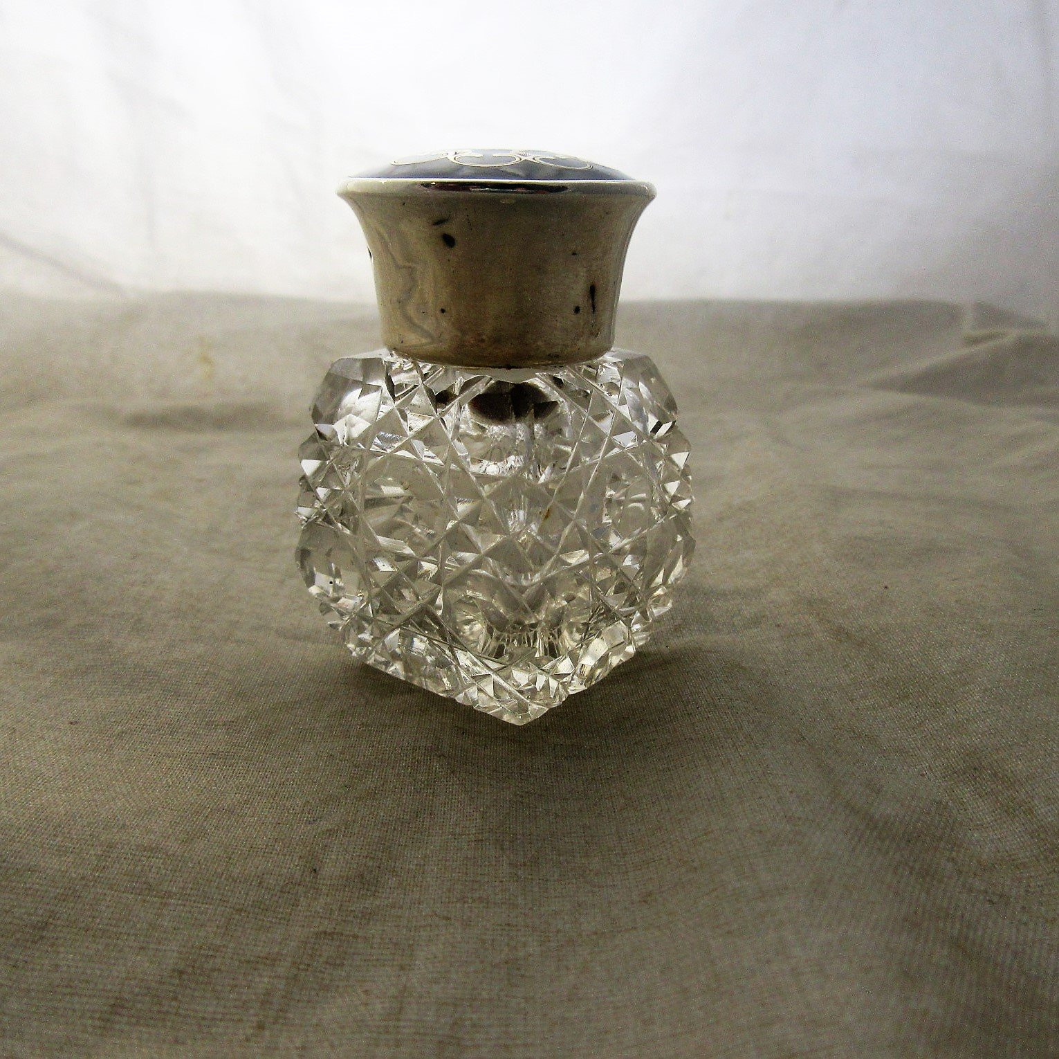 tortoise shell vase of english sterling silver and tortoiseshell scent bottle antique within english sterling silver and tortoiseshell scent bottle antique birmingham 1913