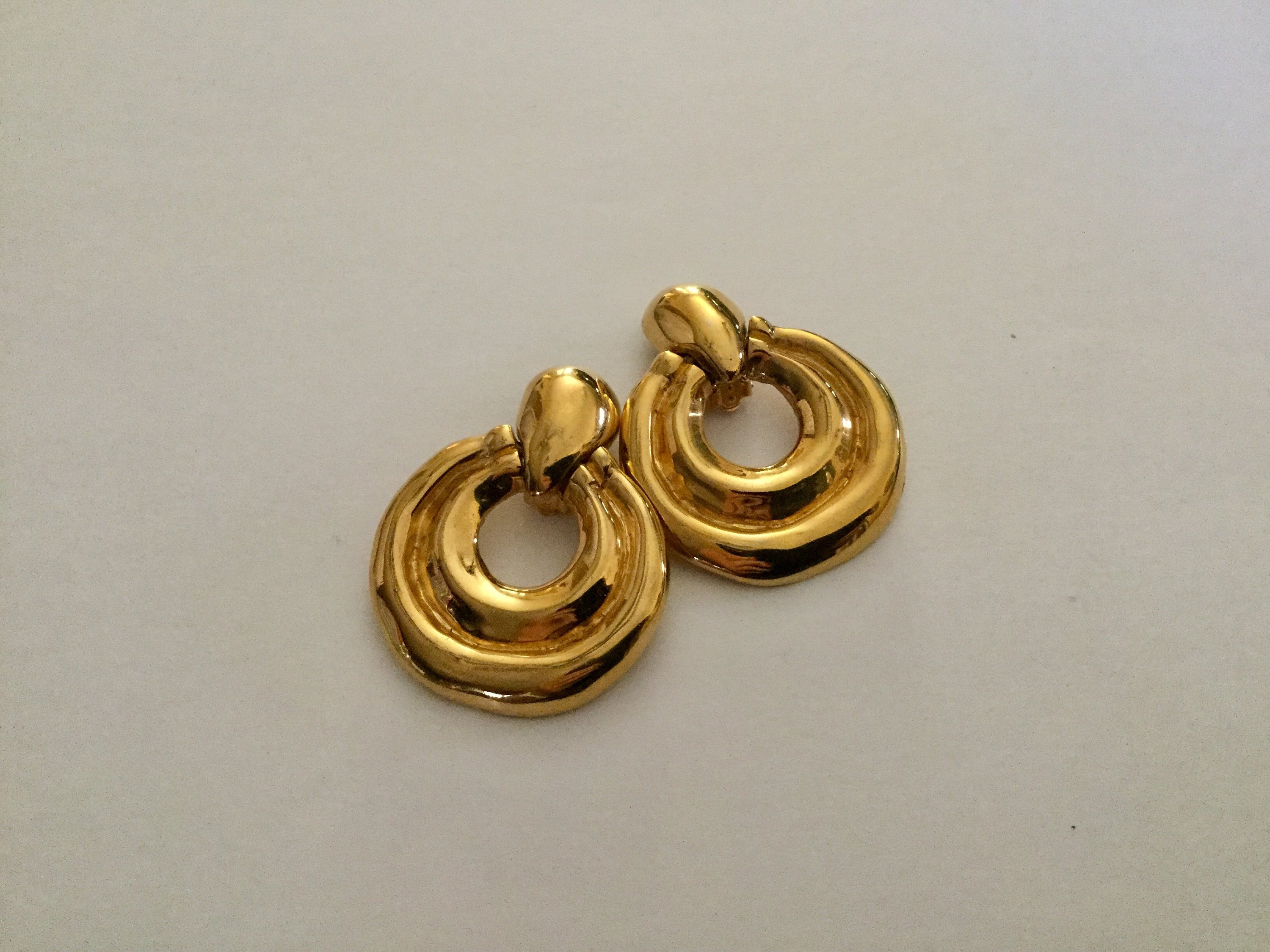 "towle crystal vase of vintage ciner chunky doorknocker goldplated clip earrings etsy in dŸ""Žzoom"