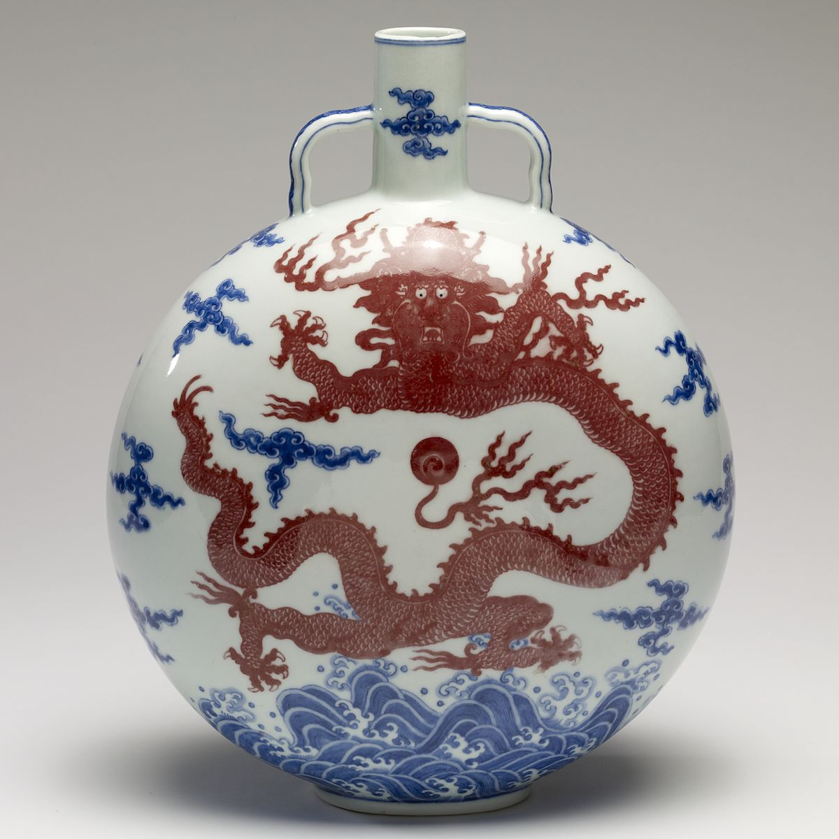 Unglazed White Ceramic Vase Of Porcelain Wikipedia Throughout 1200px Chinese Flask Walters 491632 Square