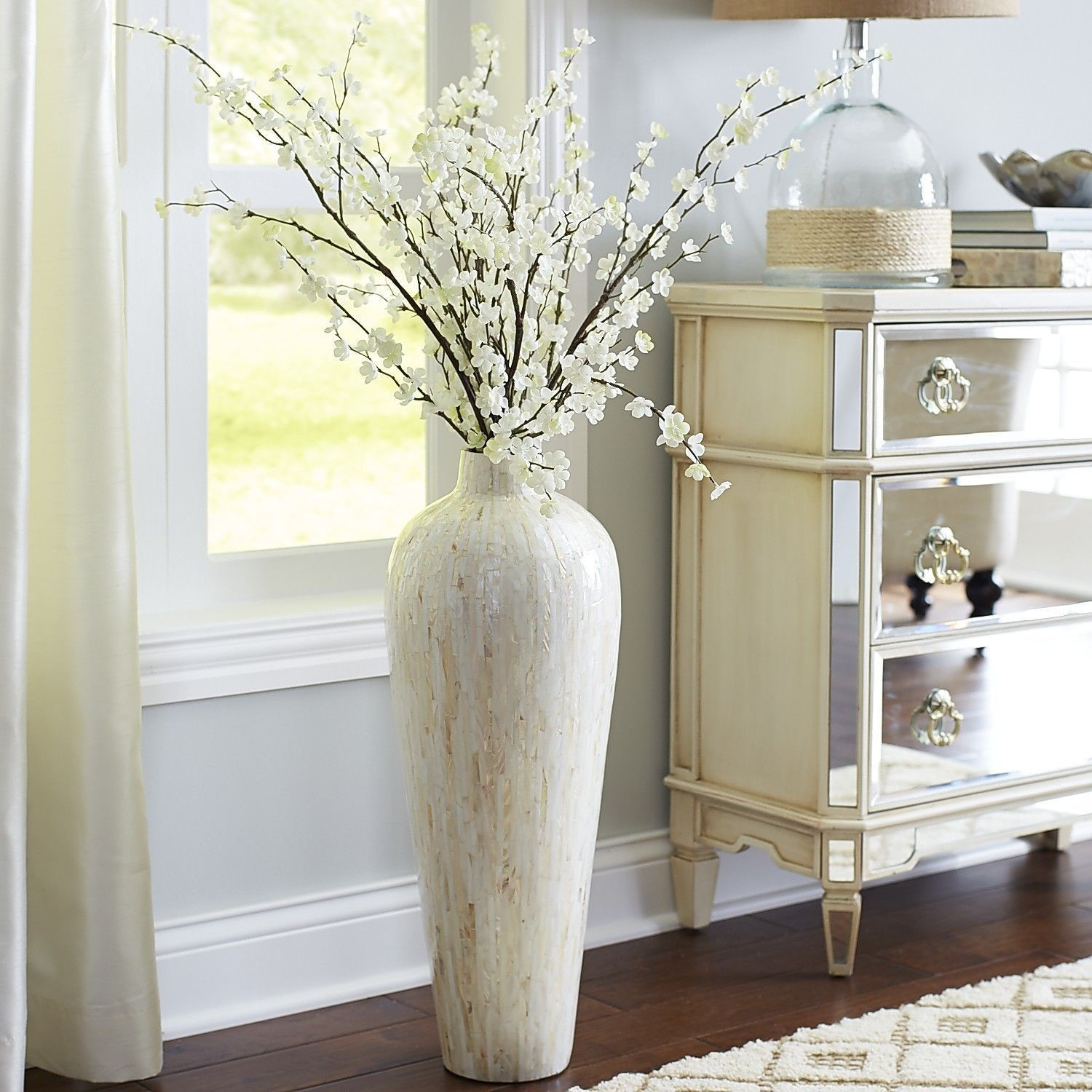 25 attractive Urn Vases Cheap