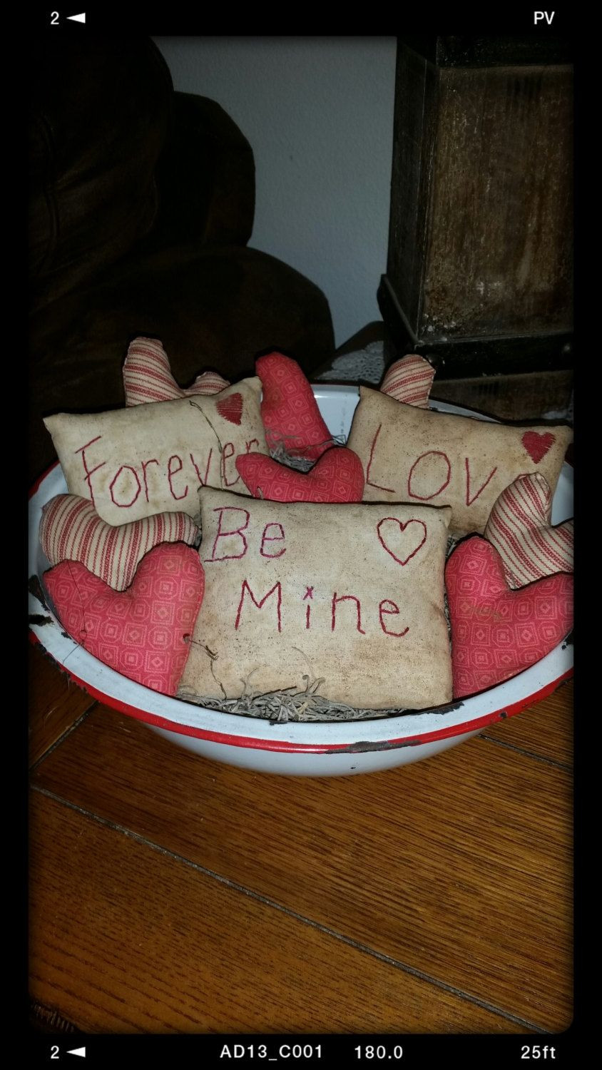 valentine vase fillers of primitive valentin pillow tucks heart bowl fillers valentines day for primitive valentin pillow tucks heart bowl fillers valentines day decor ofg faap primitive valentine ornies prim valentine tucks by nanasgrungyprims