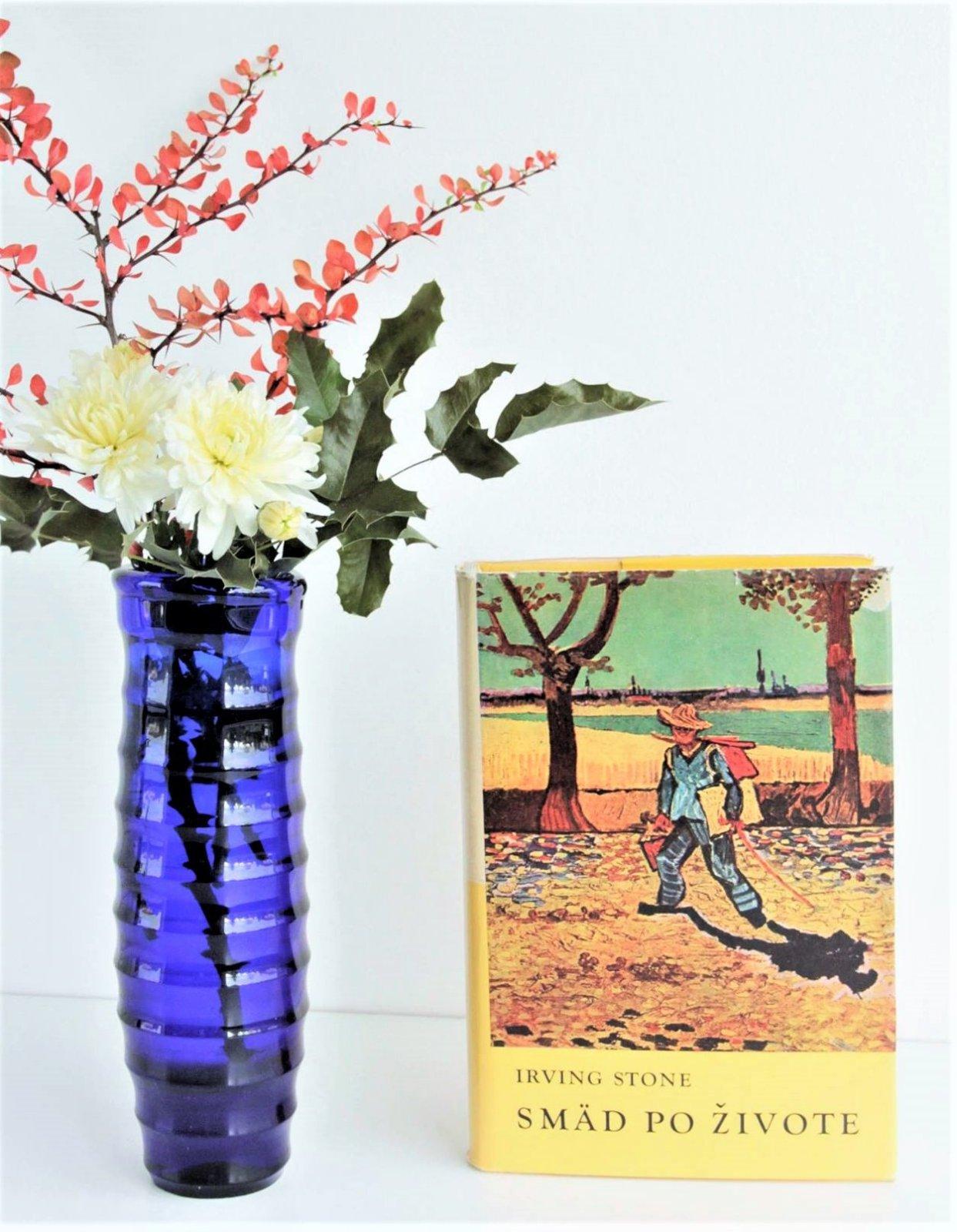 van gogh flowers in a blue vase of irving stone sma¤d po a¾ivote vincent van gogh 5 e od inside zobraz cela podmienky