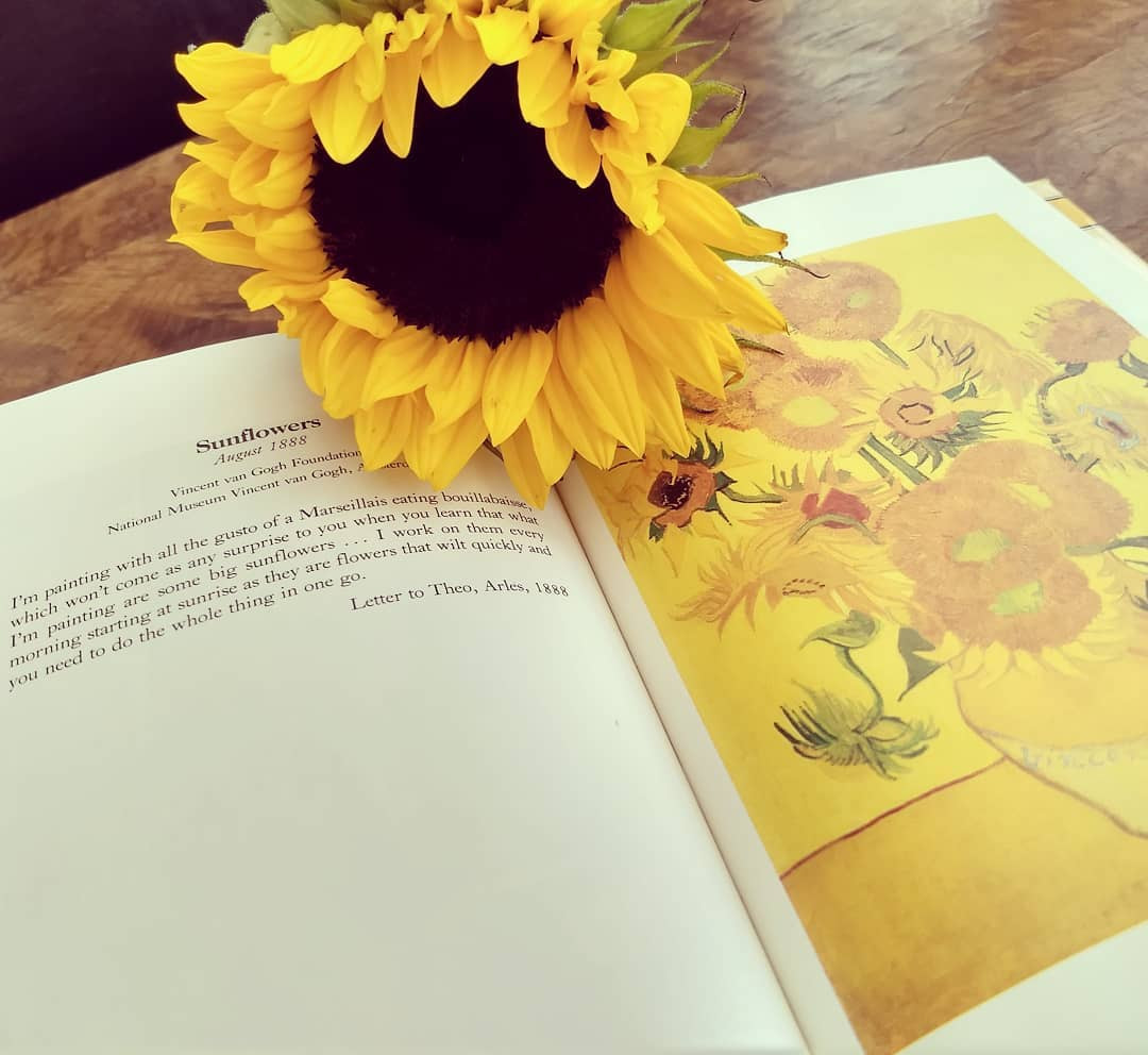 van gogh sunflowers in vase of vangoghbook hash tags deskgram for van gogh is my favourite artist and i love finding books about his work would