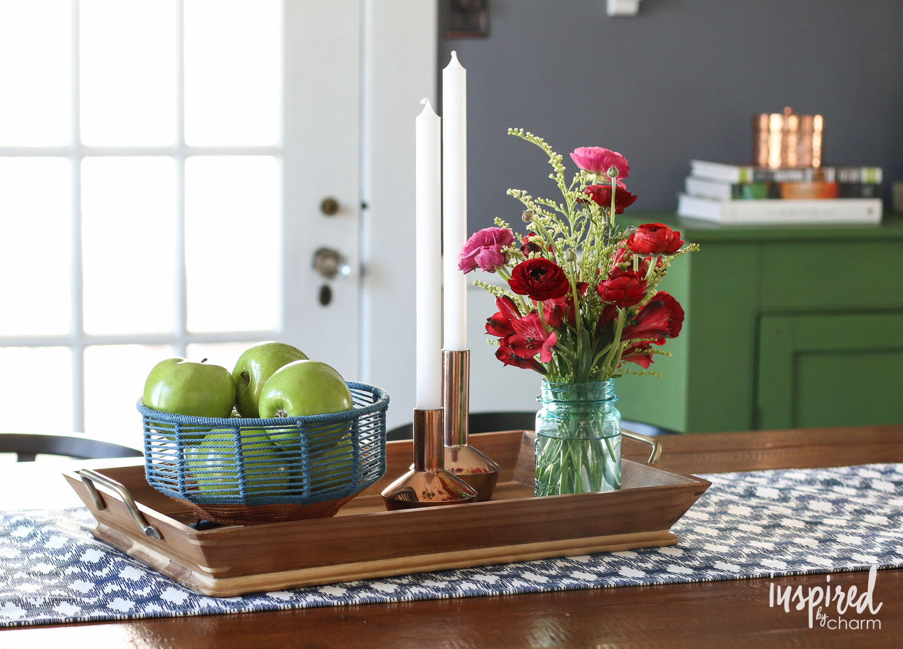 vase turned dining table of spring table styling ideas throughout spring table styling ideas inspired by charm