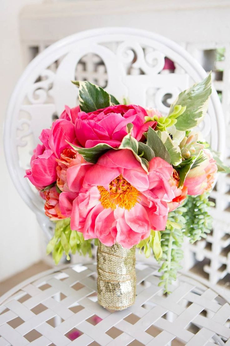 16 Unique Versace Flower Vase 2021 free download versace flower vase of 48 best outrageous arrangements images on pinterest bridal intended for colorful palm springs wedding
