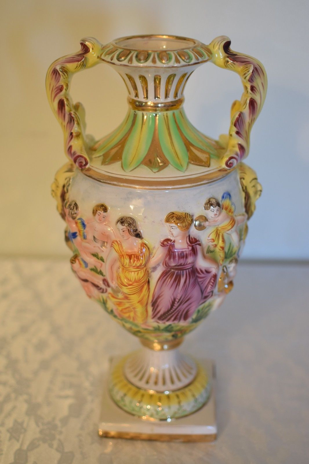 vintage capodimonte vase of vintage italian capodimonte large porcelain urn vase w handles ft for 1 of 9only 1 available