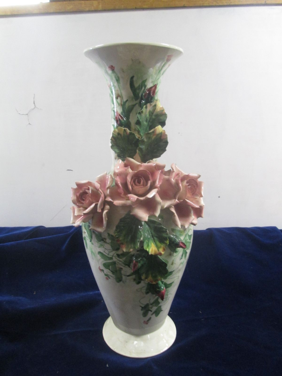 Vintage Capodimonte Vase Of Vtg Italian Pottery Capodimonte Vase Urn Huge 20t Relief Roses Throughout 1 Of 6only 1 Available