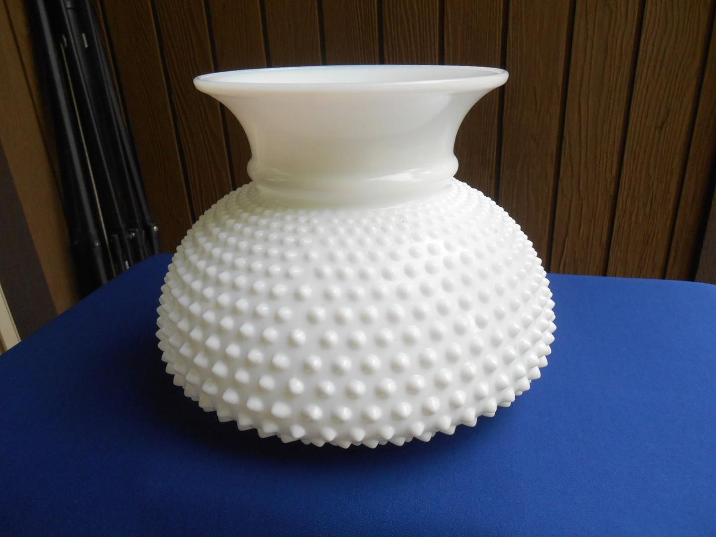 vintage cased glass vase of fenton art glass white hobnail lamp shade large 1867990442 regarding fenton art glass white hobnail lamp 1 fad82979540429b8ff5220a339f73cdb