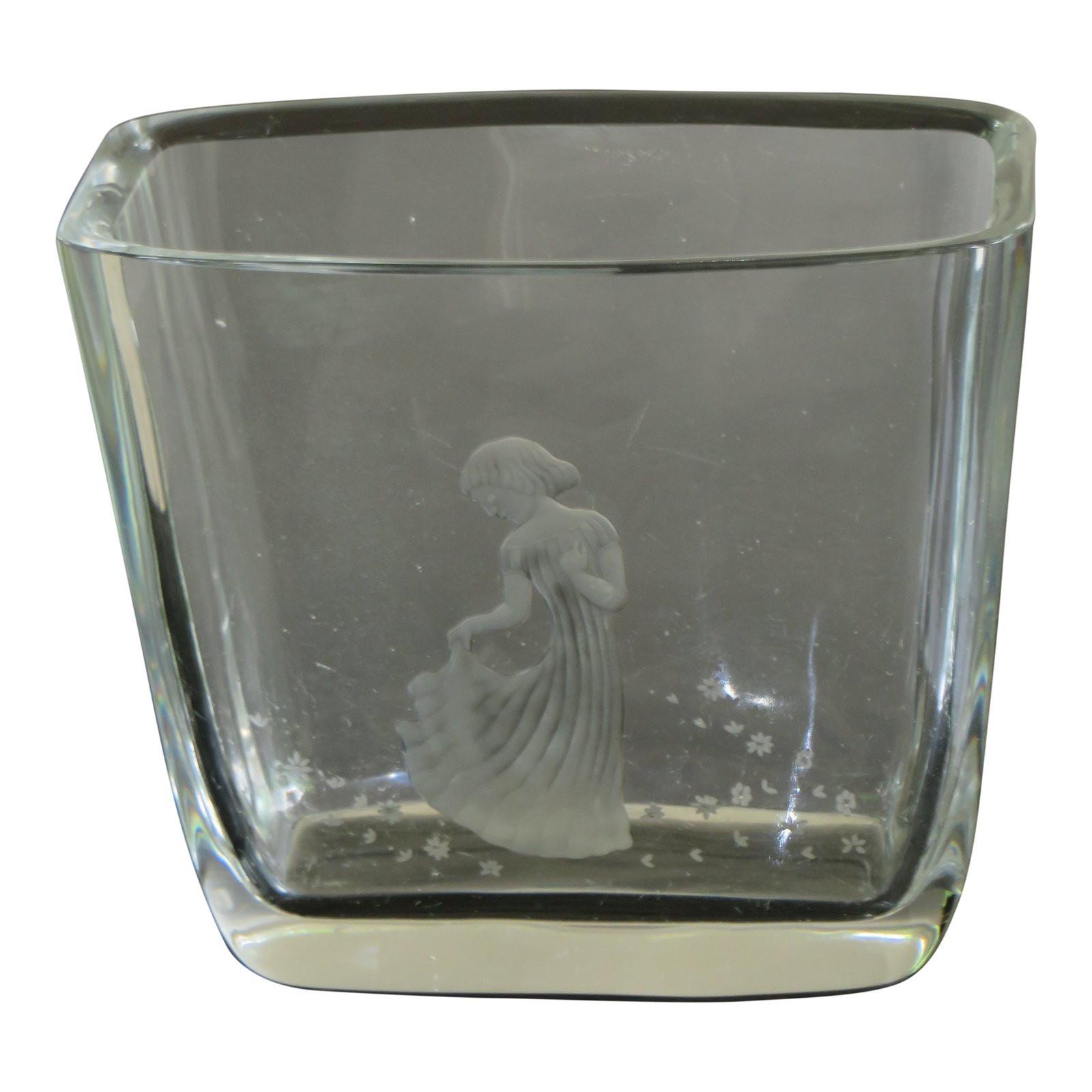 vintage orrefors crystal vase of vintage orrefors art glass vase with etched girl and flowers chairish in vintage orrefors art glass vase with etched girl and flowers 2257