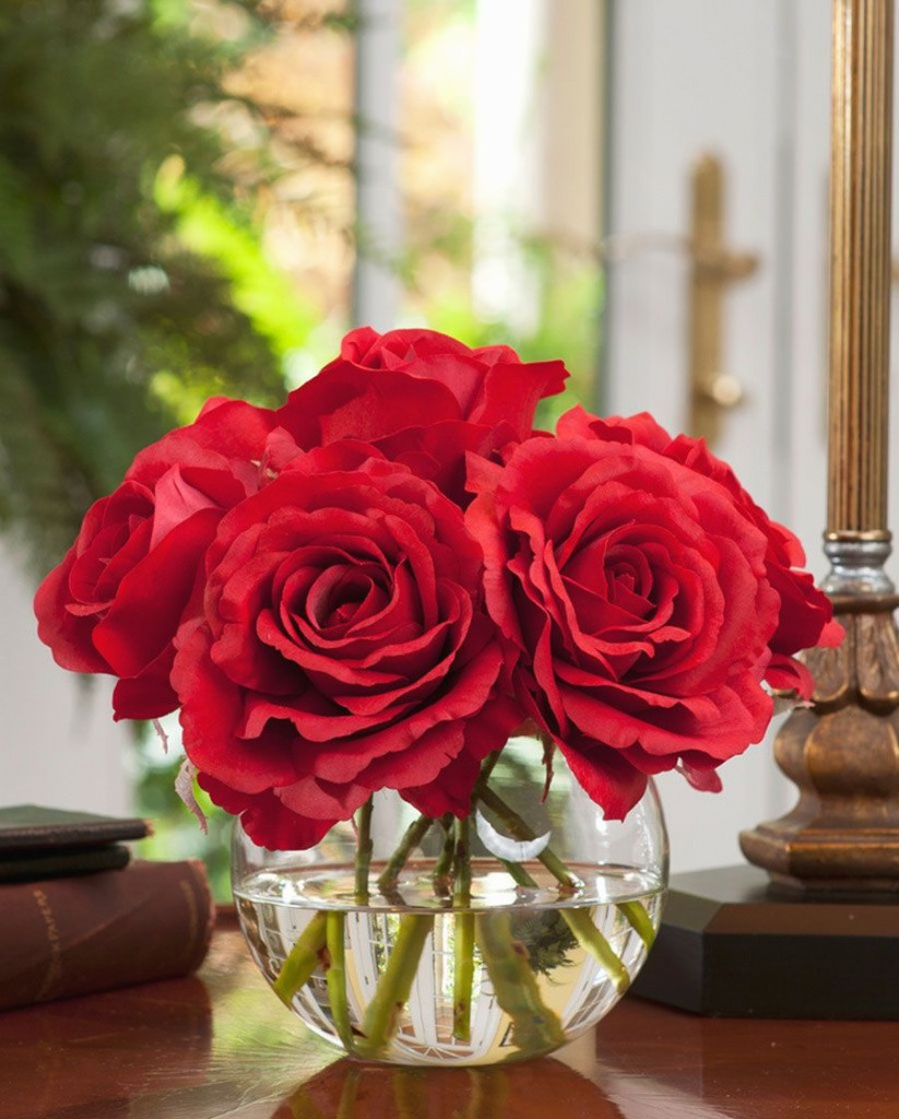 18 attractive Vintage Red Wing Vases