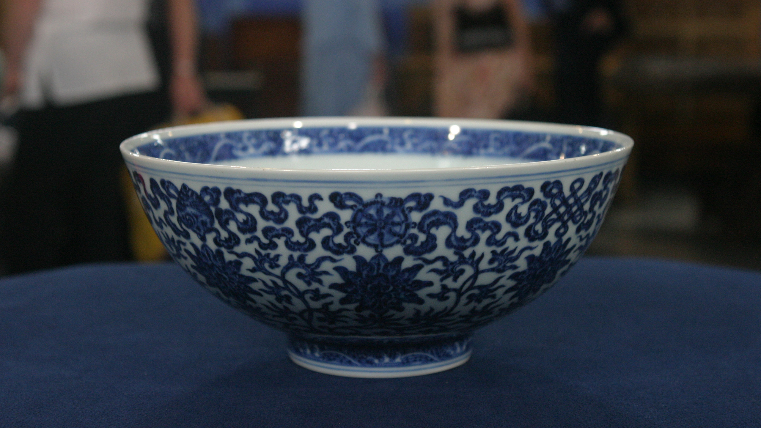 vintage rose bowl vase of antiques roadshow appraisal 1962 rose cabat feelie vase twin with regard to appraisal 18th century chinese tibetan bowl