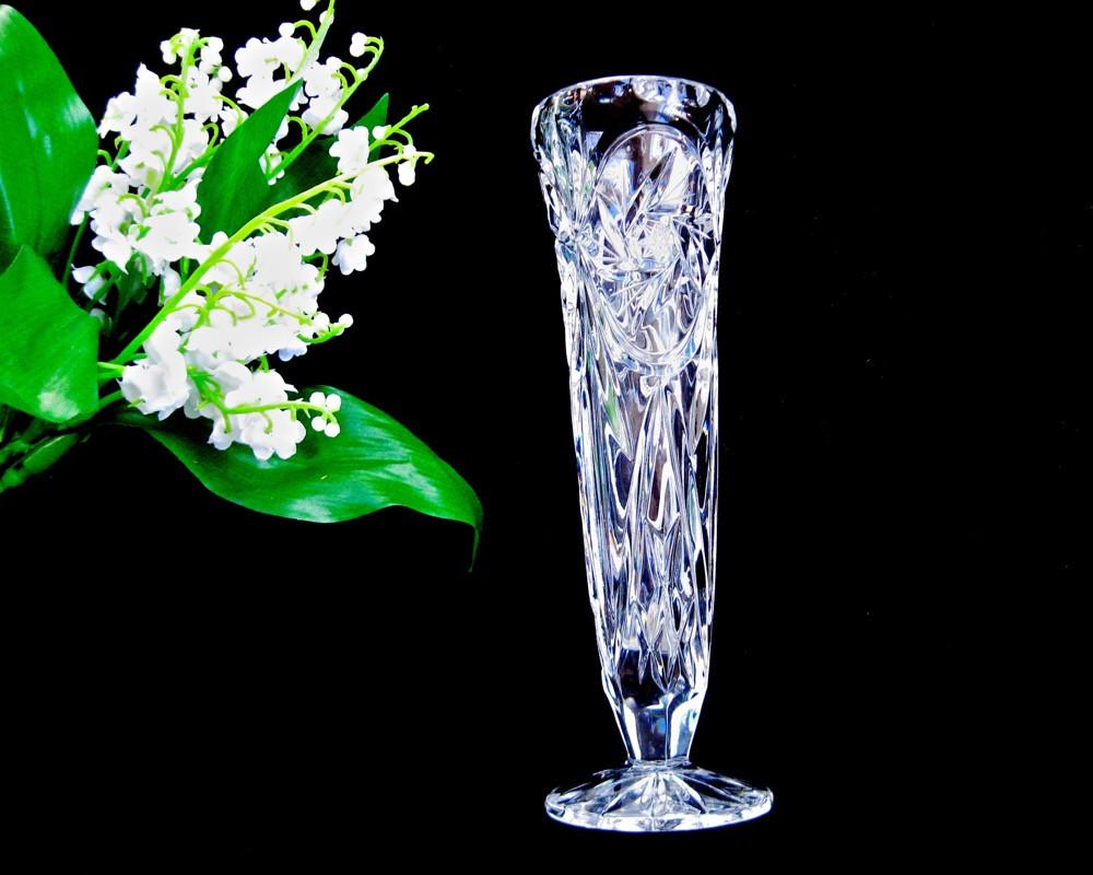 vintage waterford crystal vase of kates attic a vintage waterford clear cut crystal bowl pertaining to cut crystal bud vase • 8″ stars and pinwheels thumbprint rim • old like new
