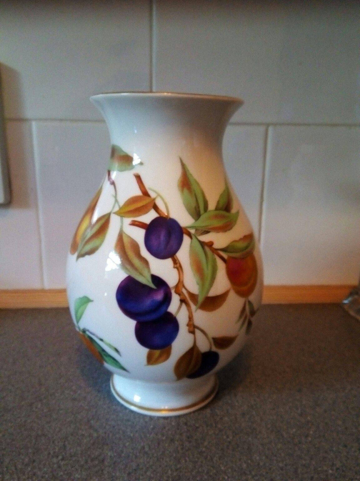 vintage wedgwood vases of https en shpock com i vmbnx0 p6vfsi0xn 2016 09 06t040449 pertaining to royal worcester vase