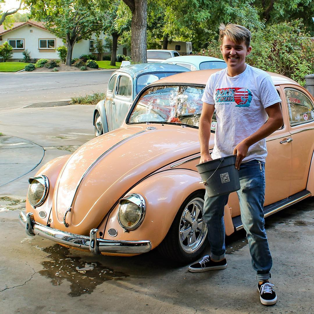 volkswagen beetle flower vase sale of vwdealership hash tags deskgram pertaining to getting cleaned up for the show tonight lucasjblanchard straightupdubs show10 dealershiptakeover