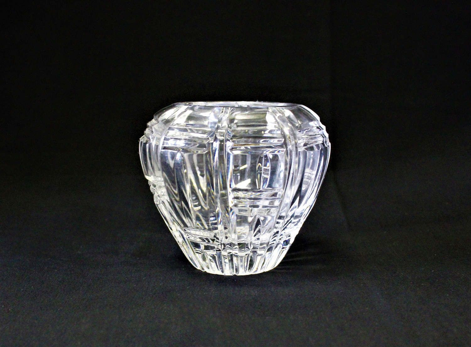 waterford sugar bud vase of vintage small spherical heavy cut optic lead crystal repetitive for vintage small spherical heavy cut optic lead crystal repetitive geometric design rose or bud vase