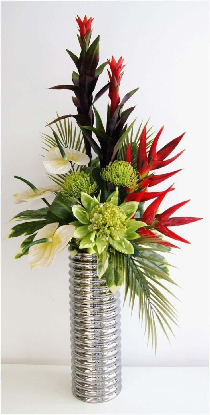 20 Awesome Wedding Flower Vases