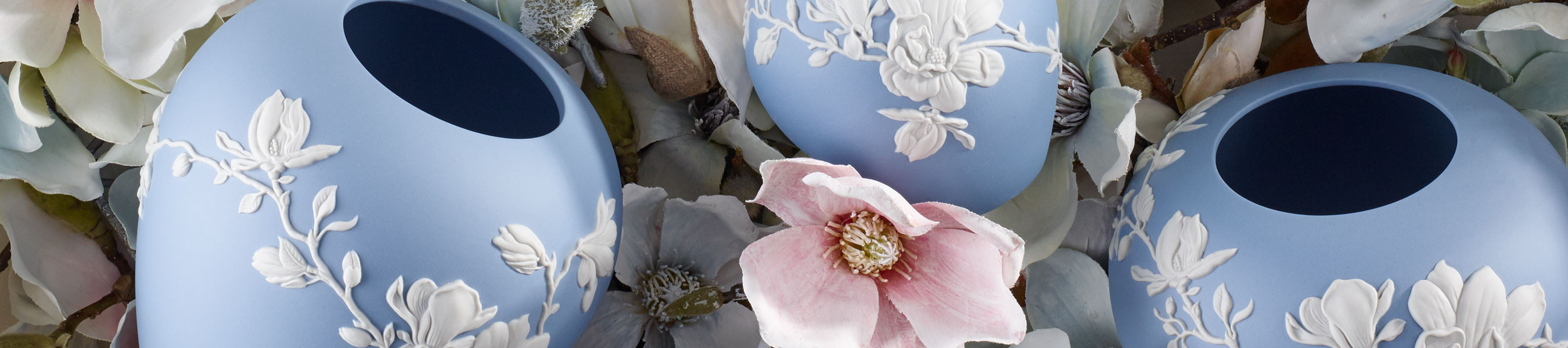 wedgwood bud vase of magnolia blossom collection wedgwooda official us site throughout magnolia blossom