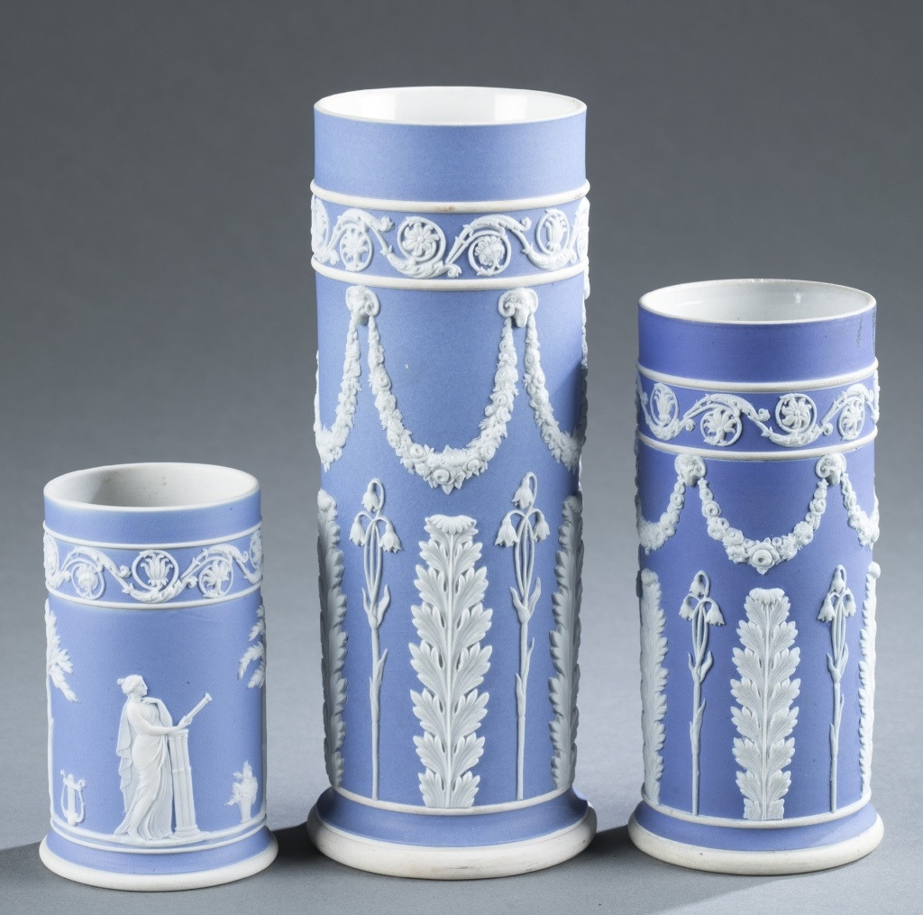 wedgwood green jasperware vase of wedgwood the adele alan barnett collection quinns auction for wedgwood the adele alan barnett collection quinns auction galleries