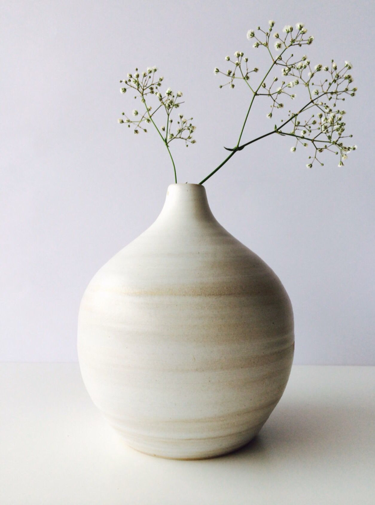 18 Stylish White Bud Vase