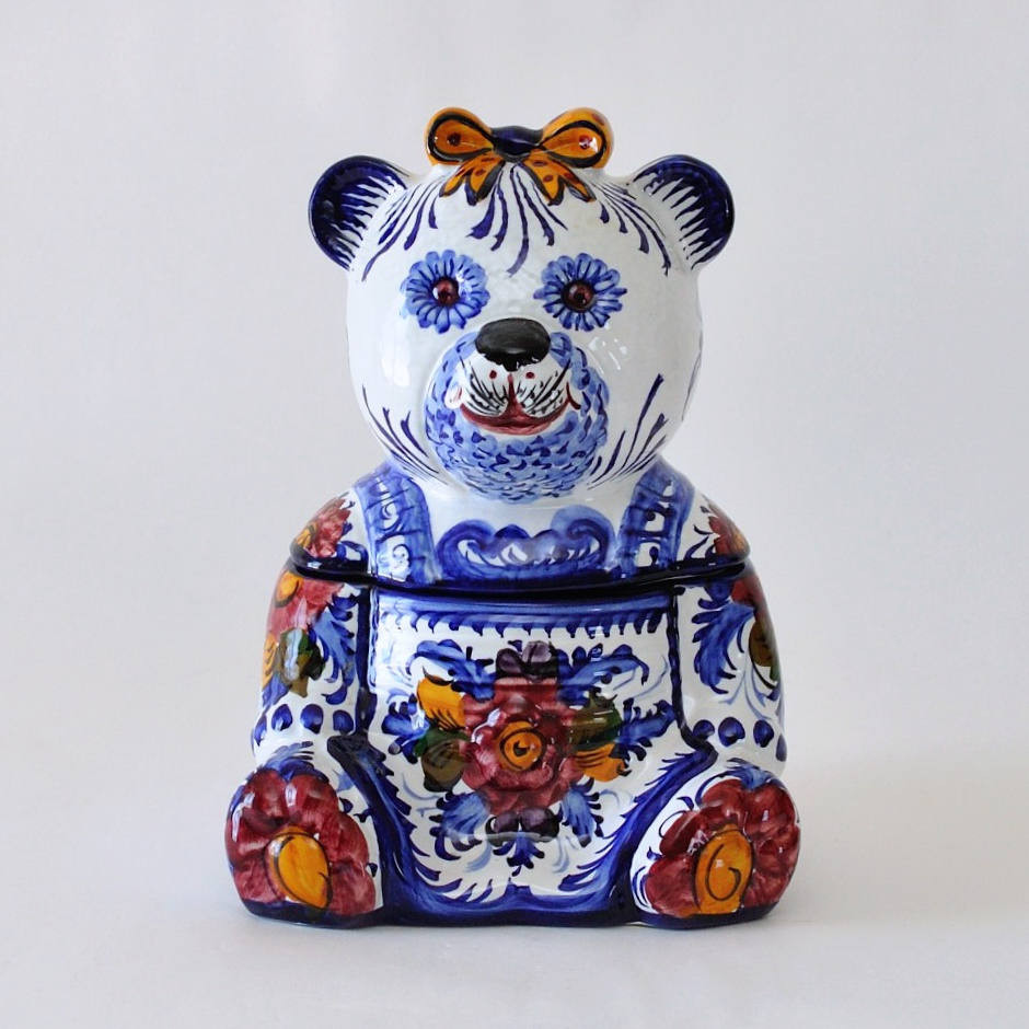 "white ceramic owl vase of alcobaca pottery portugal hand painted ceramic bear storage throughout dŸ""Žzoom"