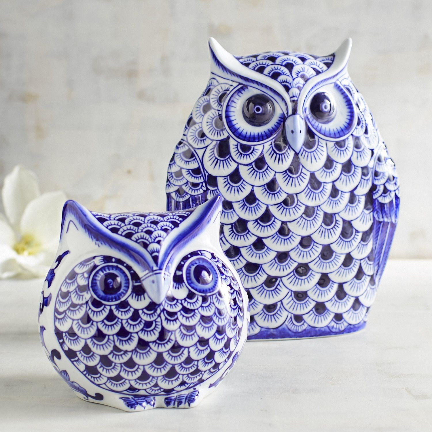white ceramic owl vase of blue white owls throughout 83e9dcba9b242aa4fb7b96d64fe9e152