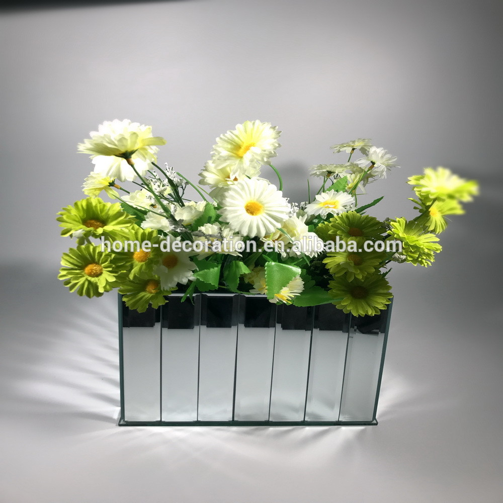 16 Trendy White Glass Cube Vase