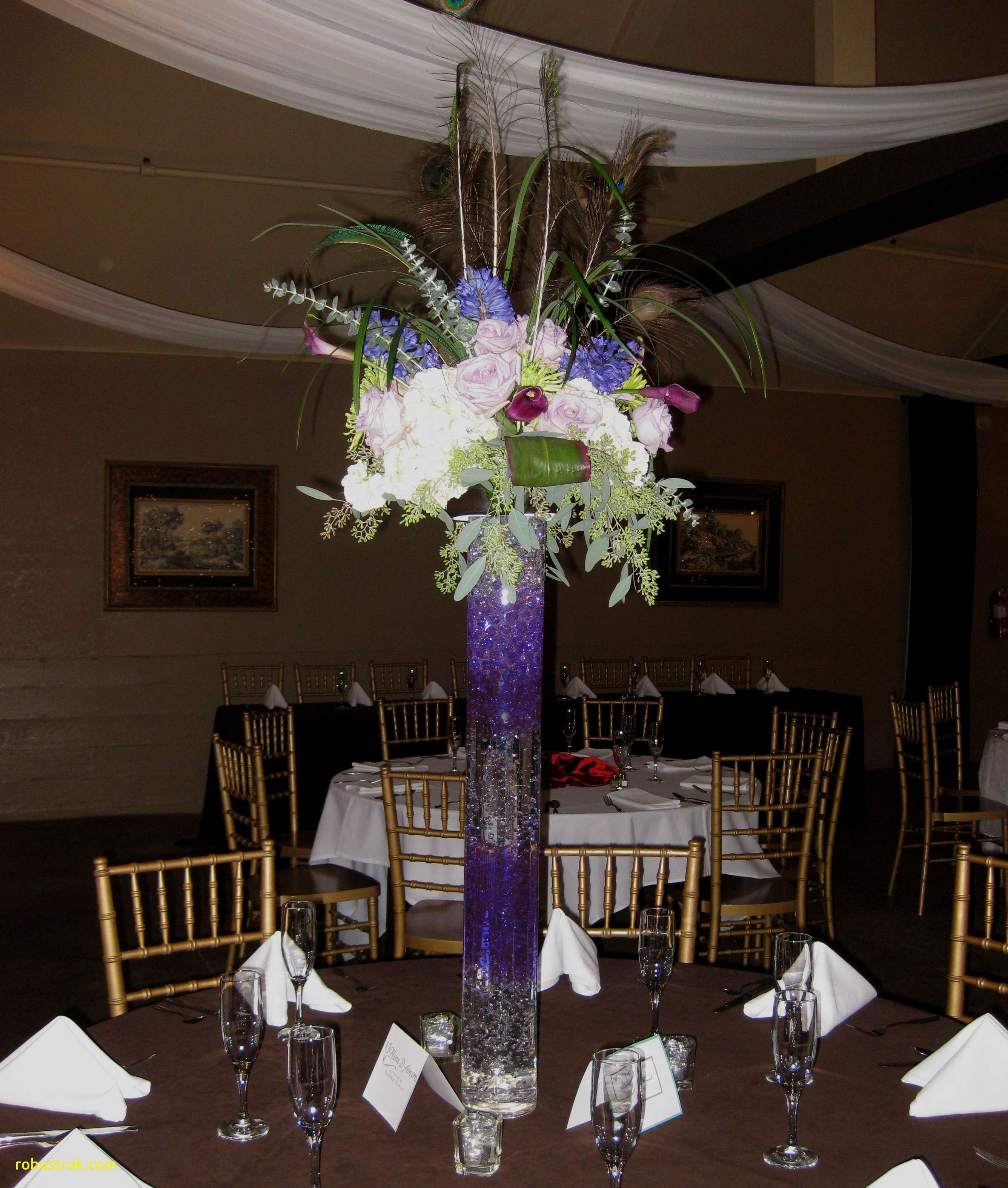 white hydrangea in glass vase of best of tall glass table decorations home design ideas for lighting marvelous glass flower vases centerpieces 24 small