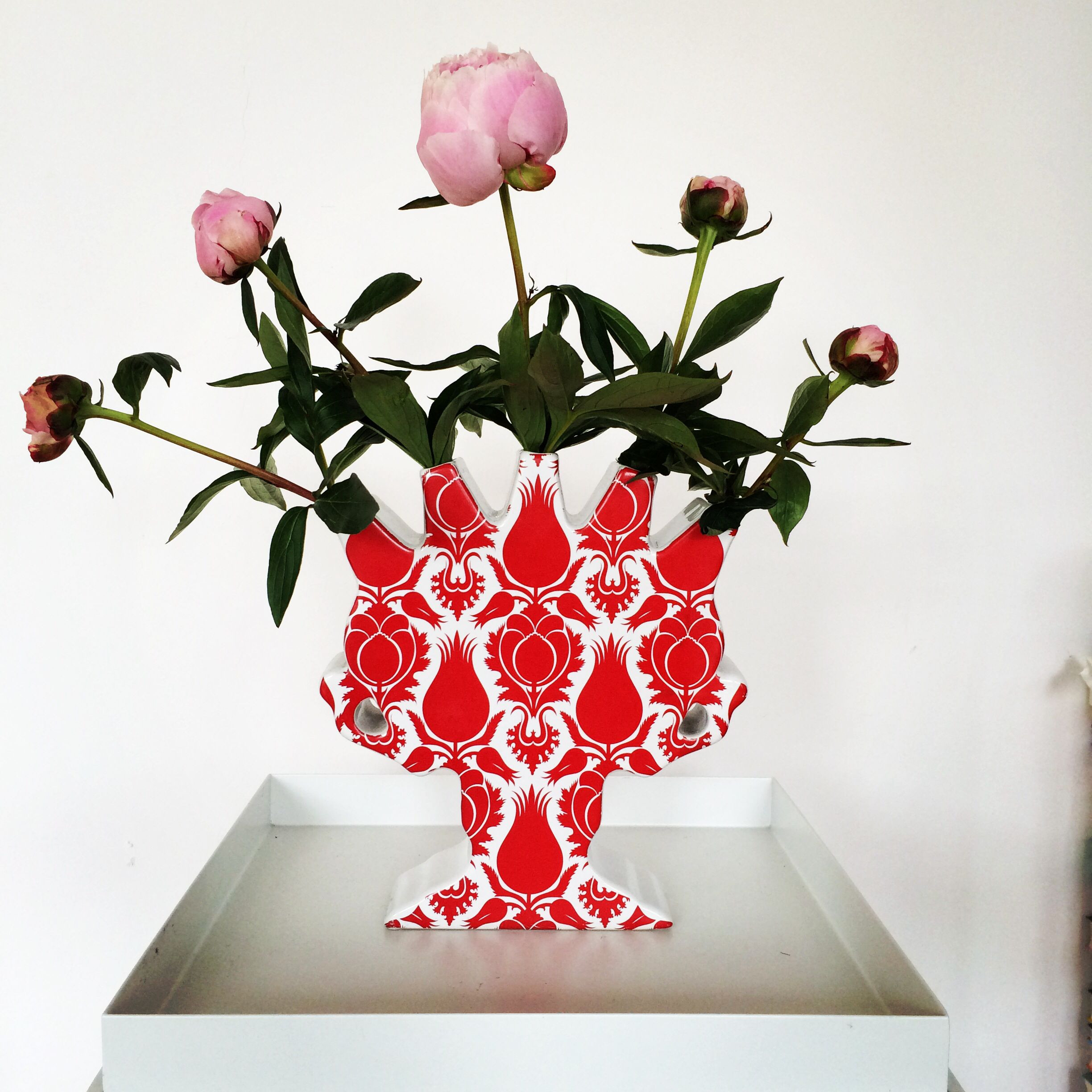 white tulip vase of lotte van laatum tulip vase with peonies collection on tables inside lotte van laatum tulip vase with peonies