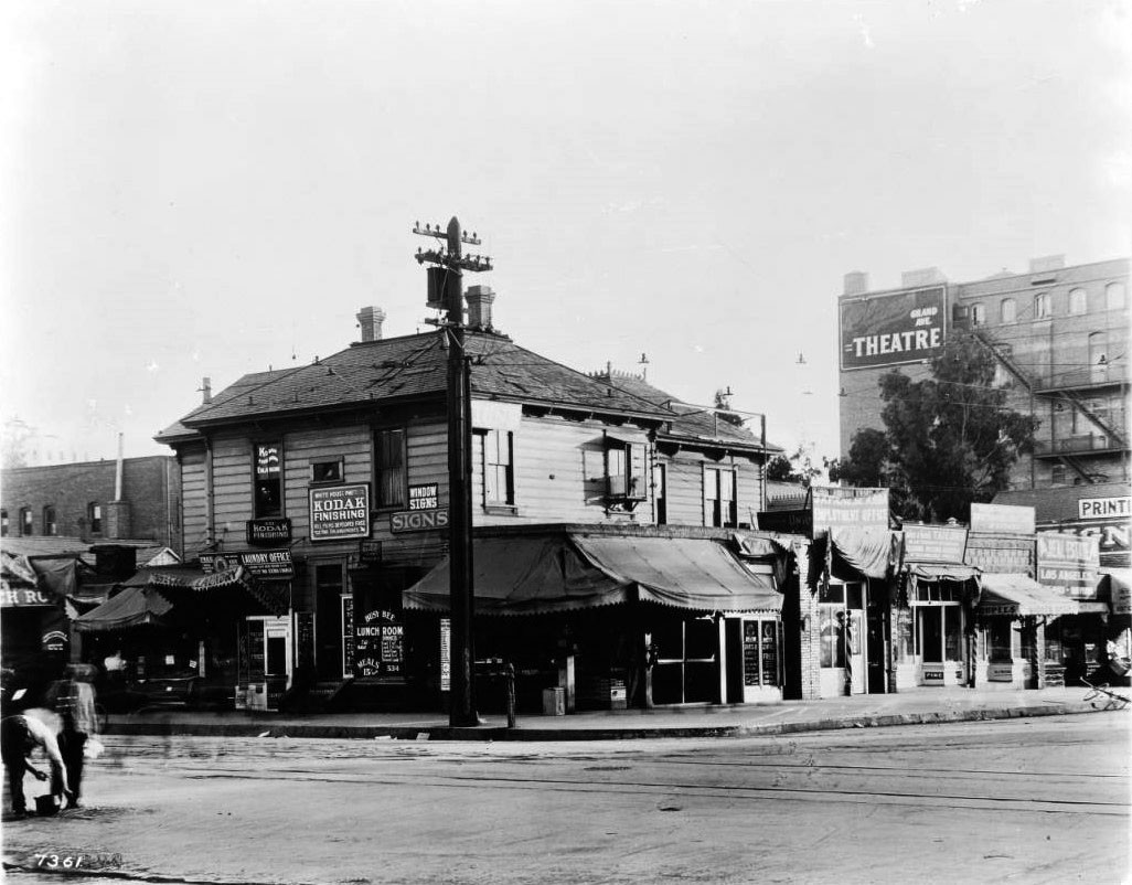 wholesale glass vases in downtown los angeles of water and power associates with regard to 1912 view of a shop on the southeast corner of 7th street and grand street the two story shop with clapboard veneer stands is riddled with signs