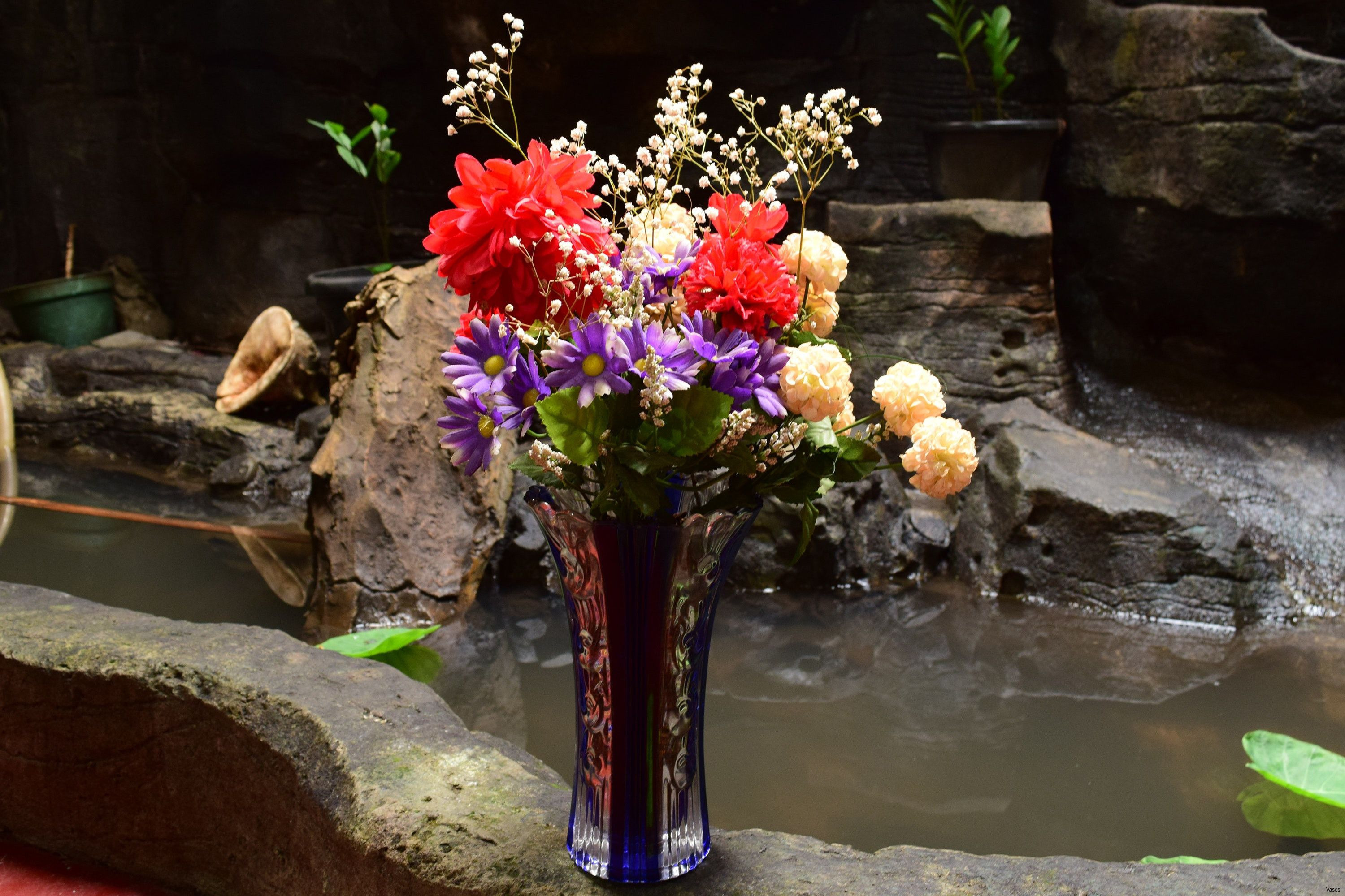 Wide Glass Vase Of 19 Gold Flower Vases the Weekly World Pertaining to Fbv Ingsoonh Vases Flowers by the Vase I 0d Sea Gold Beach oregon